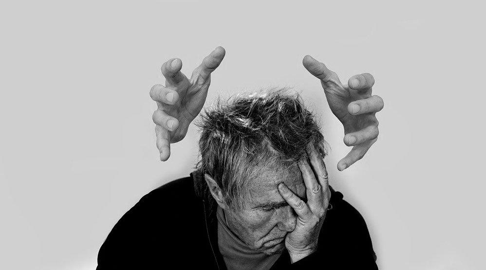 un persona con abstinencia en uno de los centros de desintoxicación en bilbao