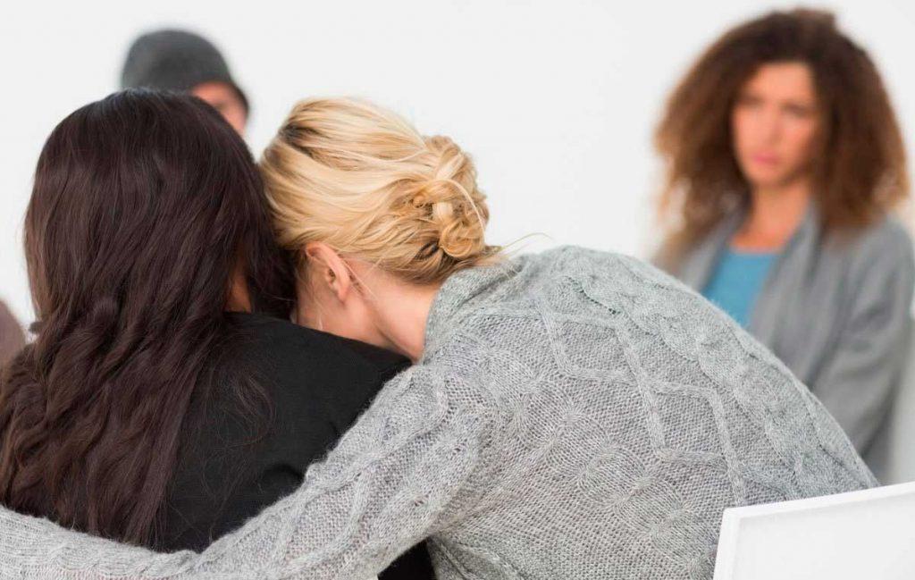 Terapia grupal en centros de desintoxicación en Madrid